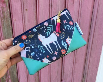Unicorn Mini Tassel Zipper Clutch