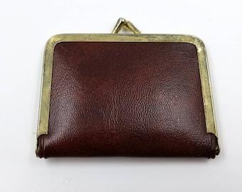 Leatherette Vintage Travel Sewing Kit