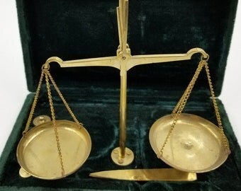 Vintage Brass Jewelers Scale / Home Decor