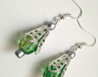 Earrings green glass bead cracked