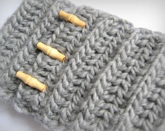 Snood neck pure soft wool gray crocheted hand made in France