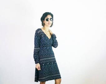 40%OFF VINTAGE PAISLEY Dress, 90s dresses, ethnic tribal dress, hippie gypsy dress, midi floral dress, long sleeves dress, size s m l