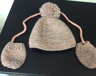 Children wool mittens and hat pink and taupe