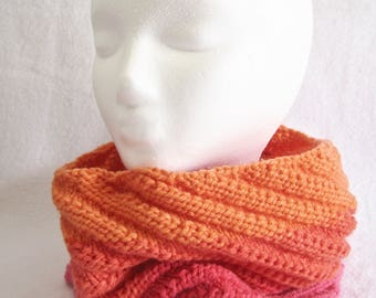 Knit Cowl, Colorblock Scarf, Color Block Cowl, Winter Scarf, Knit Scarf, Warm Cowl, Infinity Scarf, Women's Scarf, Knit Winter Wear