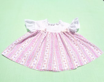 vintage toddle time made in united states baby girls dress size 9 months small 1/2 see measurements bodice white with white dots floral