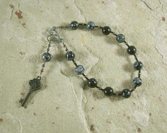 Hekate (Hecate) Pocket Prayer Beads in Snowflake Obsidian: Greek Goddess of Magic, Witchcraft, Night, Darkness, Protection of the Home