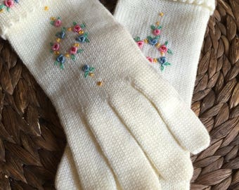 1960's Hand Embroidered Gloves
