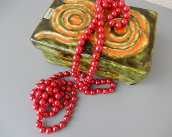 vintage red pearls long necklace 1960s 1920s style Bead Flapper Necklace