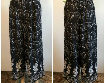 Womens Vintage Embroidered Palazzo Pants 80s Black And White Dress Pants Size 7 8 High Waist Wide Leg Hippie Boho Bohemian Gypsy 1980s