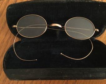 Vintage WIRE RIM Eyeglasses in Original Arthur Williams Case      1900's Gold Wire Rim Glasses