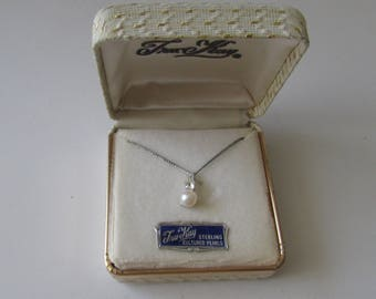 Vintage Sterling Pearl Necklace Tru-Kay Cultered Pearl Boxed