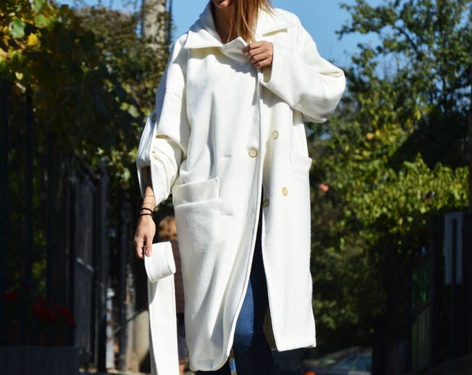 New White Winter Loose Coat, Extravagant Sleeves Cashmere Coat, Warm Cashmere Blend by SSDfashion