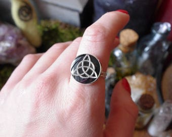 Triquetra ring Witch ring wiccan ring black ring witch jewelry gotic ring black witch ring wiccan jewelry celtic ring viking jewelry