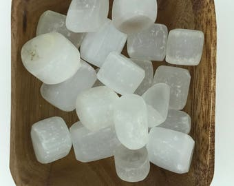 Selenite Tumbled - Tumbled Selenite - Crown Chakra - High Vibration- Cleansing - Energy Healing - 7th Chakra - Reiki