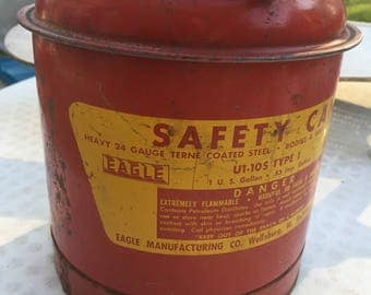 Red EAGLE Gas Can Heavy 24 Gauge Terne Coated Steel 1 U.S. Gallon