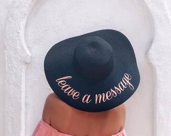 Leave a message beach hat, Personalized straw hat, Personalized sun hat, Embroidered hat, Beach Floppy hat, Bridal shower, Personalized gift