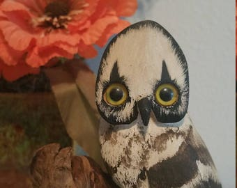 Donna Thompson Hand Carved Folk Art Owl Figurine