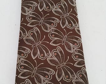 End of Summer Vintage Wembley Butterfly Poly Tie