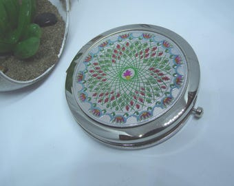 Mirror color silver with a rose colored Center
