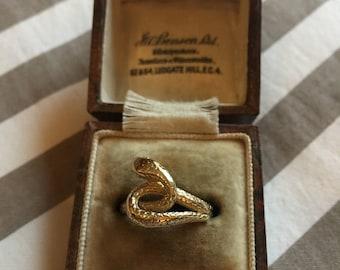 Vintage 9k snake ring