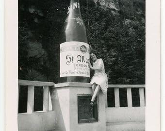 vintage photo 'St Martin' vernacular photos snapshot, travel picture souvenir, woman lady girl, Remich Luxemburg, wine