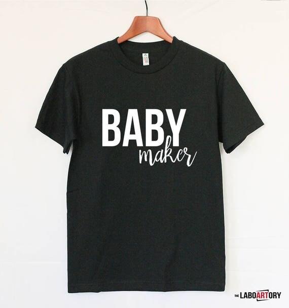 baby announcement maker