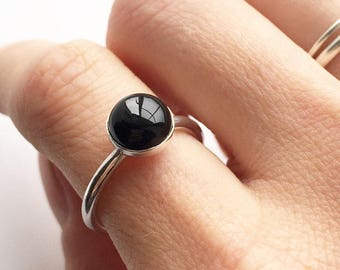 ONYX RING - Sterling Silver Large Black Onyx Ring - Silver Black Ring - 8mm Solitaire Bezel Cabochon Delicate Ring