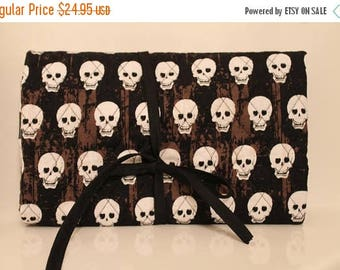 Jewelry or Toiletries Travel Bag Skulls Black & White