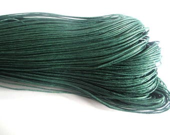 10 meters 0.7 mm Pine Green waxed cotton thread