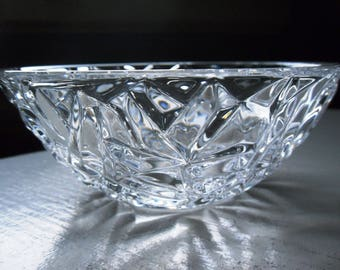 "Vintage Tiffany & Co. Rock Cut 6"" Crystal Glass Bowl with Original Tiffany Box included"
