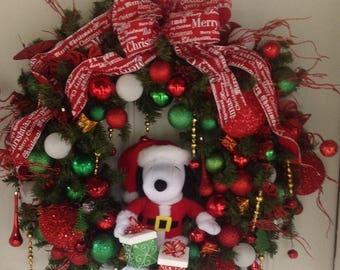 RED HOT SUMMER Sale Christmas Wreath, Holiday Wreath, Snoopy Christmas Wreath, Extra Large Wreath, Front Door Wreath, Winter Wreath