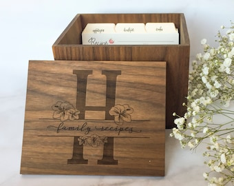 Engraved floral monogram recipe box - personalized recipe box - handmade box - 4 x 6 recipe box - wood recipe box P0037