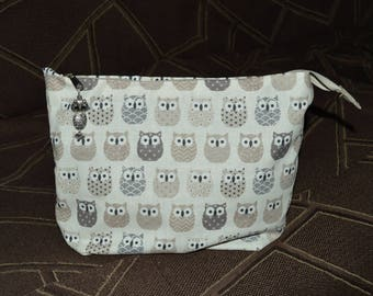 Pouch with Brown owls