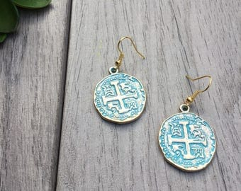 Gold and turquoise finish medallion earrings // Fast and free shipping