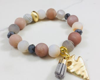 Druzy agate beaded bracelet with gold arrowhead charm and mini tassel • Fast and free shipping