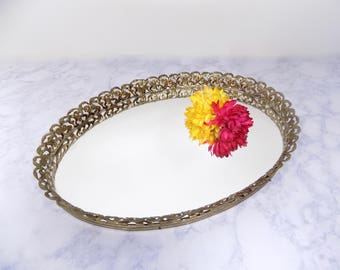 Vintage Mirrored Tray, Oval Mirrored Tray, Vintage Jewelry Tray, Mirrored Jewelry Tray, Shabby Chic, Hollywood Regency, Silver Tray