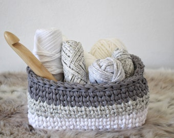 free crochet tutorial, Crochet Basket Pattern, Storage Baskets, Crochet Pattern, Home Decor, Basket, Gift, T-shirt Yarn, Pattern