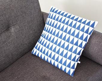 last 2 pieces! TRIANGLES pillow cover - blue 40 x 40 cm (graphic design, Scandinavian, geometric style)