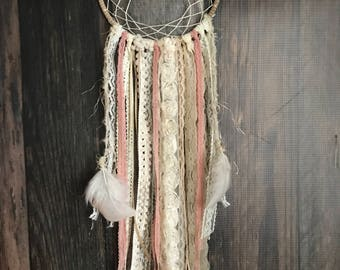 Boho Dreamcatcher : Medium Ivory / Antique Rose / Gold // Baby shower // Wedding gift // Bridal Shower // Wall decor // Child