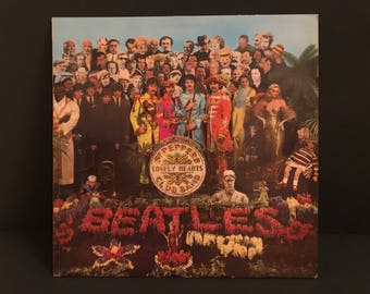 The Beatles Sgt Pepper's Lonely Hearts Club Band Record Album Vinyl LP