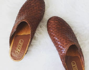 vintage nicole woven leather clogs
