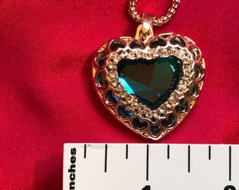 Crystal BLUE Heart Pendant Sweater Chain Necklace With Gold Gift Box For Valentine Gift