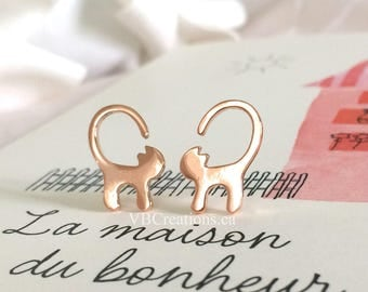 Cat Earrings - Cat Jewelry - Silver Jewelry - Dainty Earrings - Winter Earrings - Cat Lovers - Friend Gift - Christmas Gift - Sister Gift