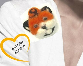Tabby Cat Brooch, Cat Lapel Pin,Hand Felted Brooch, Felted Cat Brooch, Cat Lover Gift, Jacket Brooch, cute gift, Needle Felted Brooch