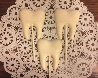 TOOTH CHOCOLATE Lollipops (12 qty) Dentist/Dental Hygienist/Dentist Gift/Dental Assistant/Dental School/Party Favor/Dracula/Teeth