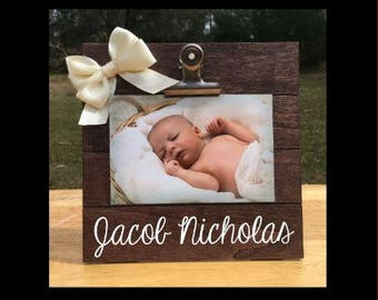 Any Name - Custom Made - New Baby Birth Announcement - Family Gift - Picture/Photo Clip Frame - Personalized / Pregnancy Announcement Frame