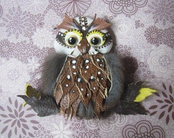 Owl brooch, Owl brooch leather, Valentines day gift, Owl brooch, Grey Owl brooch, animal brooch, Brooch gift, bird brooch leather, brooch