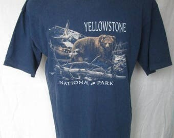 Vintage Yellowstone National Park Bear Graphic Mens Blue Cotton T-Shirt Size L Used Condition Prairie Mountain Made in USA