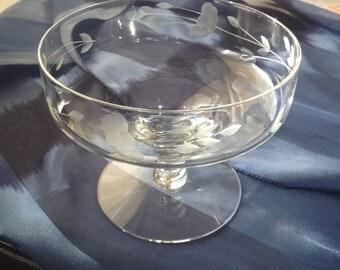 Etched glass bon bon dish