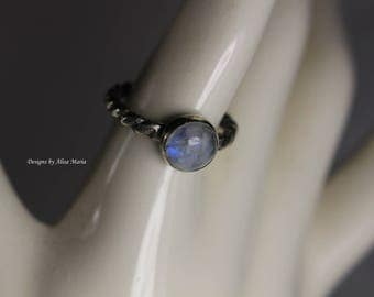 Handmade 925 Sterling Silver & Moonstone Ring #16-651